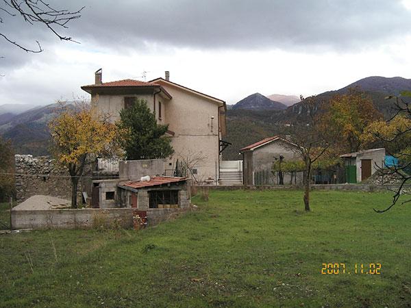 capaldi-house-Italy-november-2007